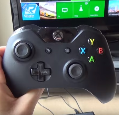 How To Connect Sync a Wireless Xbox One Controller to Your Console