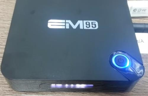 Review EM95 64Bit Amlogic S905 Quad Core KODI Box