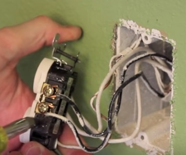 How To Install An Electrical Outlet With Usb Power Ports Wirelesshack