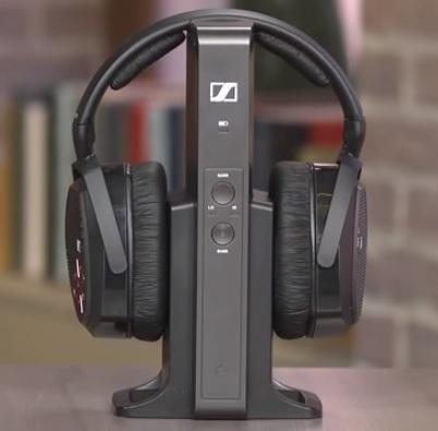 best-wireless-headphones-for-tv-watching