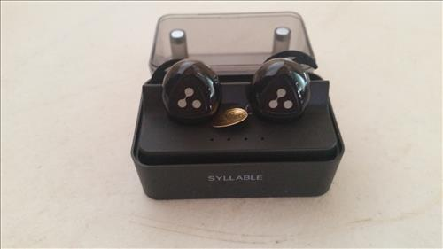 review d900 mini syllable truly wireless bluetooth earbuds wirelesshack. Black Bedroom Furniture Sets. Home Design Ideas