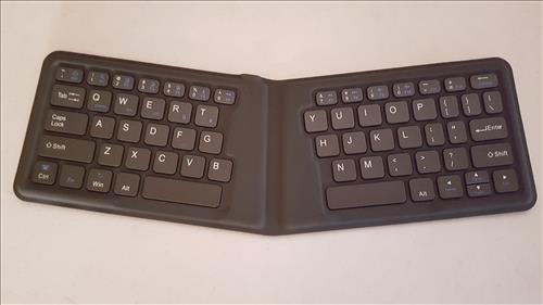 1byone-bluetooth-keyboard-v-shape