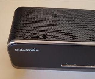 review-blitzwolf-premium-20w-bluetooth-speakers-bw-f4-power-port