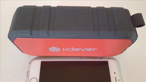 Best Bluetooth Speakers for Smartphones iClever BT06