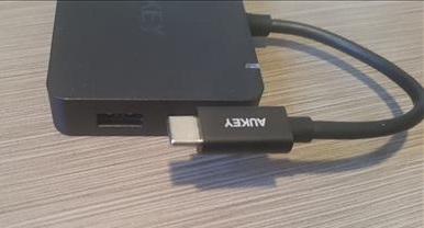 Review USB Type-C HUB with 4 USB 3.0 Type C P