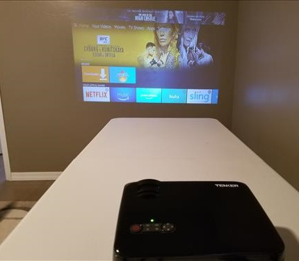 Review Tenker 33-06 HD 1080p Video Projector Playing