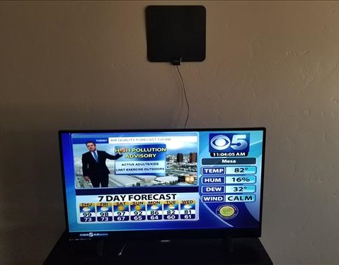 Review Globmall 60 Mile Range Indoor Amplified TV Antenna 2 777