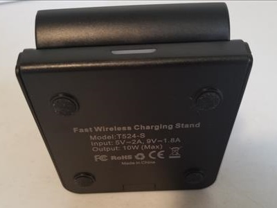 Review Chotech 7.5W Fast Wireless Charging Stand Bottom